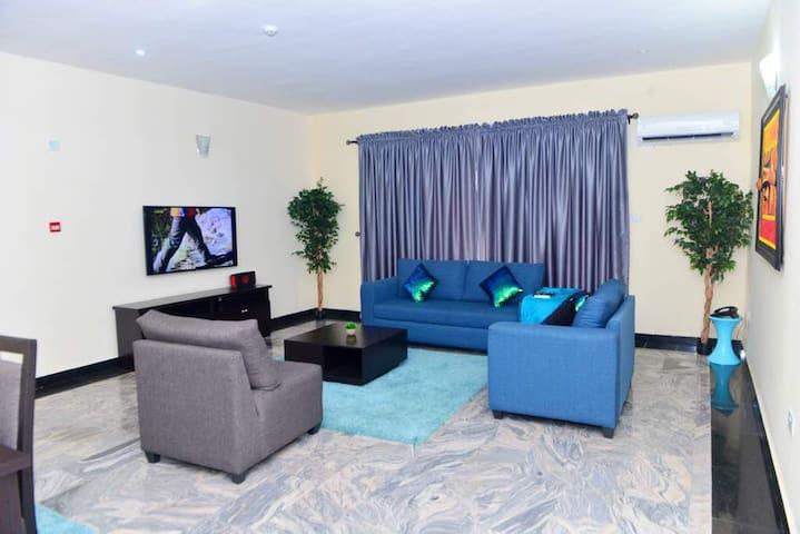 Beautifully furnished apartment in Oniru Estate .