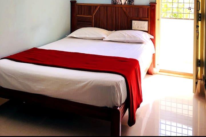 Executive home stay near Bannerghatta road
