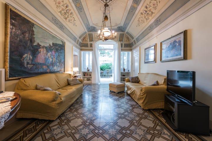 Villa Carenza -Villa Storica 9 posti  con piscina
