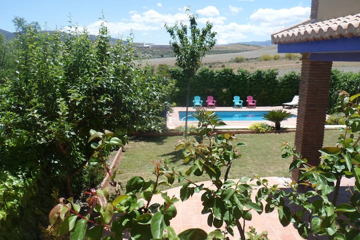 Great Villa + swimming pool + 10 min to Granada - Alhendín - Haus
