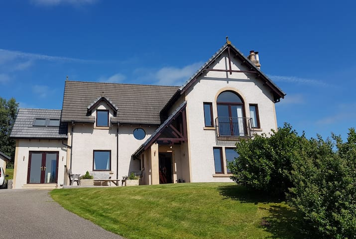 Brand new Boutique Suite on the Black Isle.