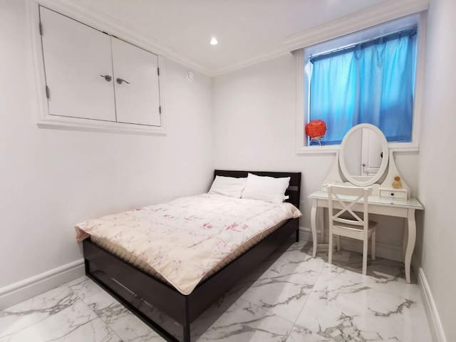 Two-bedroomed house in the semi basement