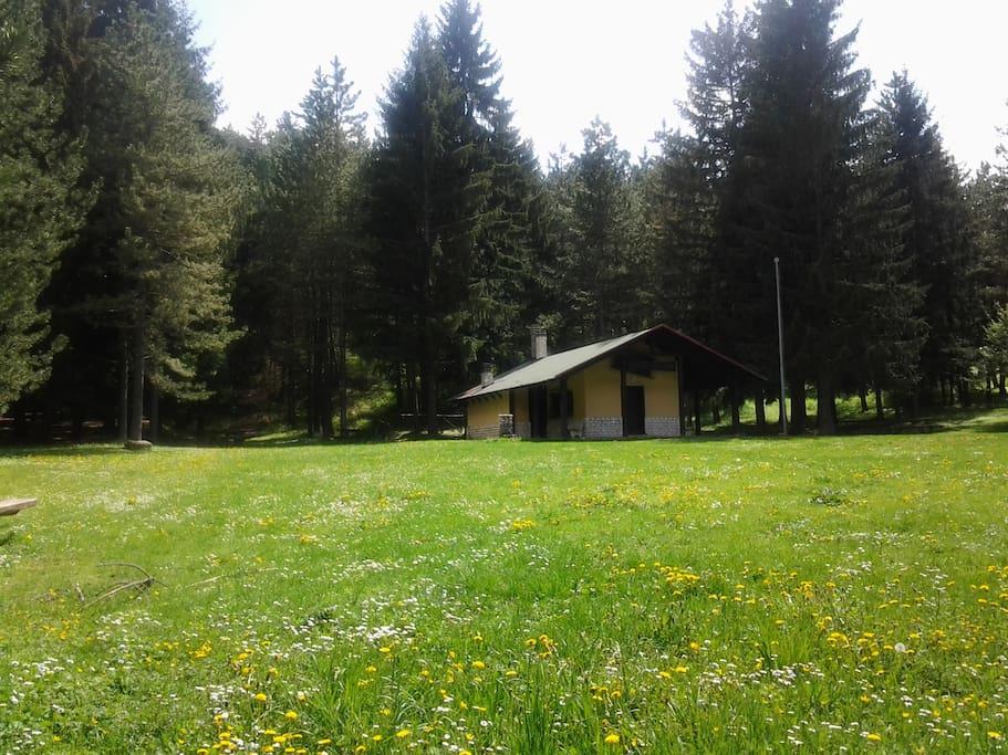 Baita degli alpini zona picnic