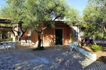 Casa Vacanze nel Salento, Tricase, Marina Serra.