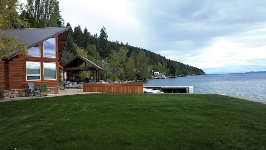 Beautiful cabin on the shore of Flathead Lake