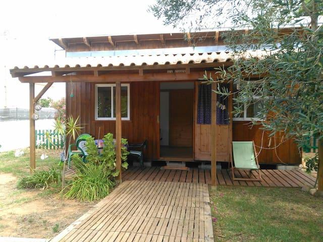 Cabaña con jardín...en Sagres....