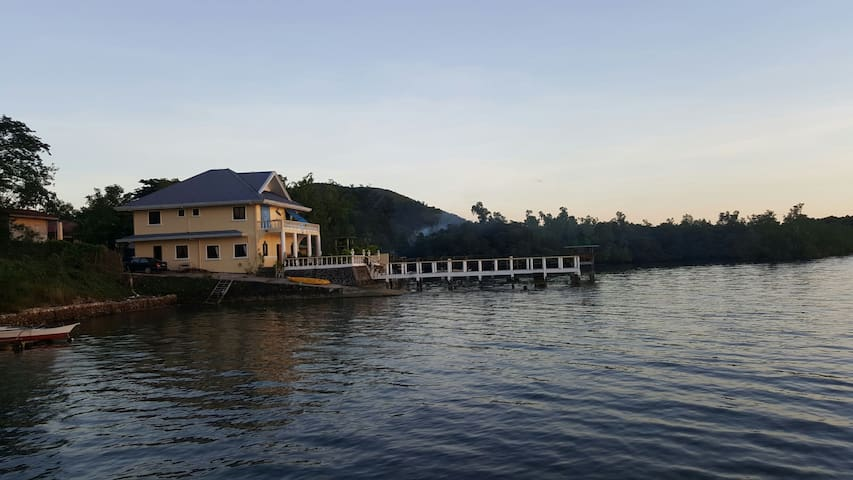 Bella Louise House - Busuanga