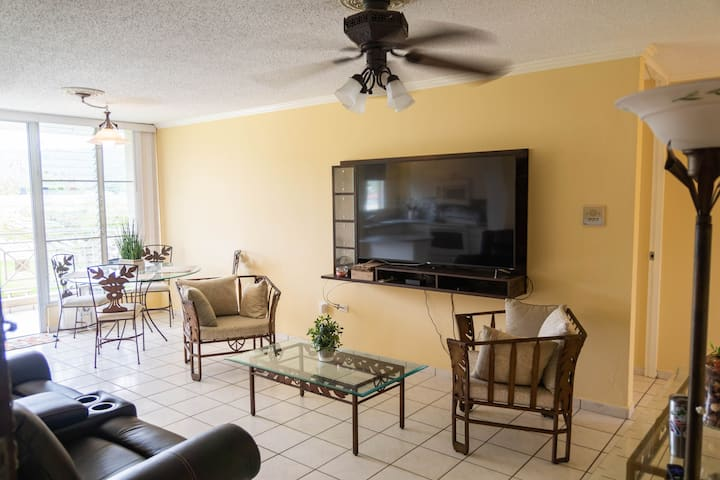 For business & pleasure, your apartment in Caguas.