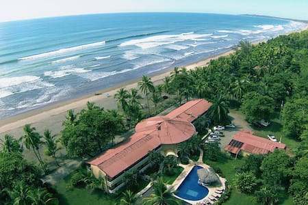 Delfin Beachfront Resort Paradise - Esterillos Este