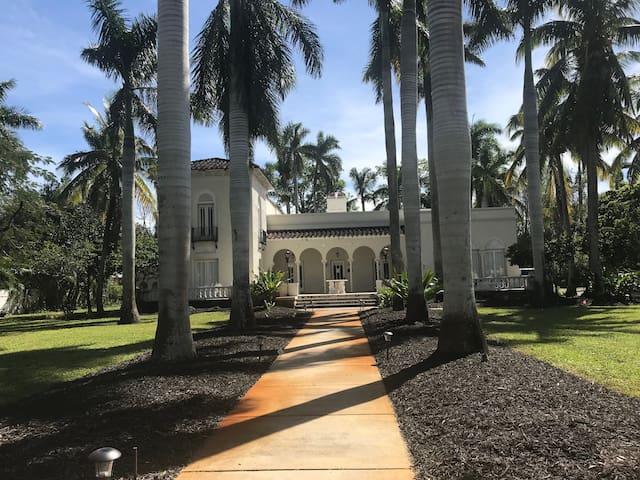 The Mizner Estate