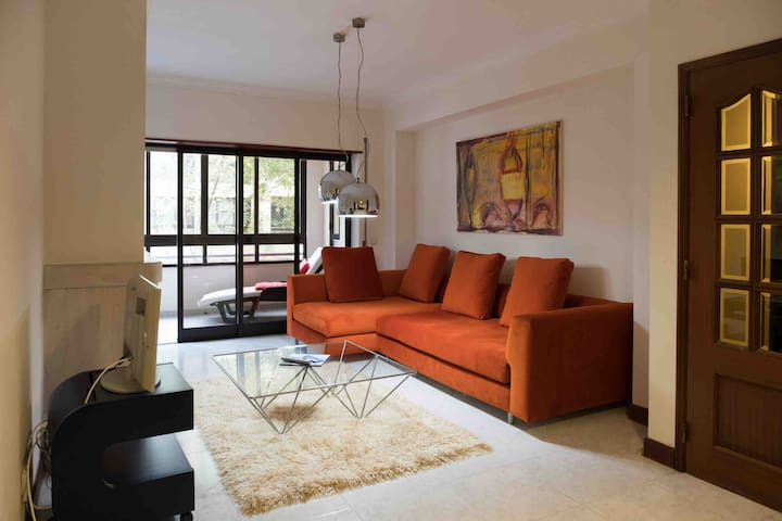 Awesome Apartment in Cascais (2 or 4 Pax config.)