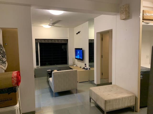Sea View 1BHK Bandra Posh Apartment