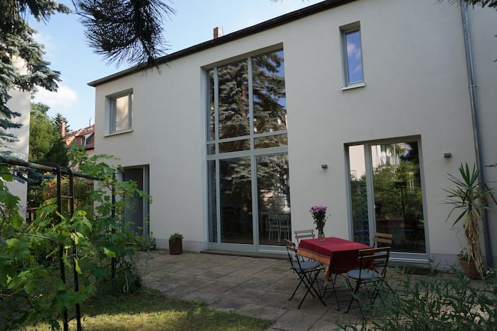 Studio House near the river Elbe