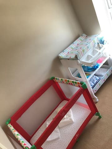 Small Bedroom perfect for little guests- with Cot & Changing Station - Blackout blinds & double-glazed windows in every bedroom