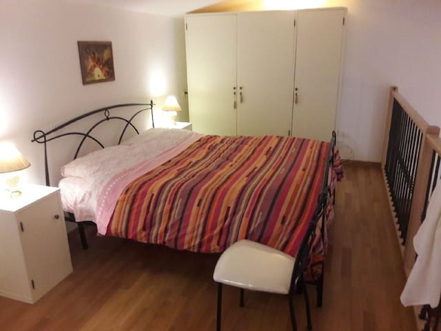 "Charming Apartment ""Casa vacanze Palombaro"" with Wi-Fi & Terrace; Street Parking Available, Pets Allowed"