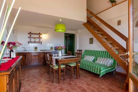 Geranio 2 Bdrm with Terrace & View - Sughera
