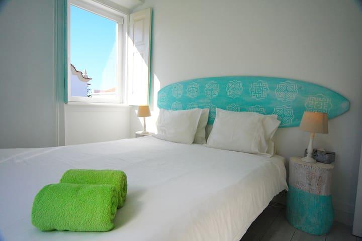 Ericeira Private Room Aloha Beach House Parede