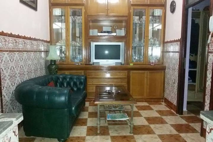 1 bed room house