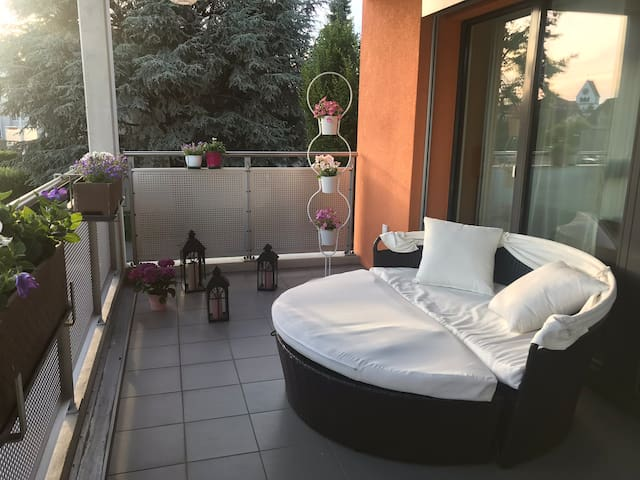 Room in new flat with a huge balcony&own bathroom