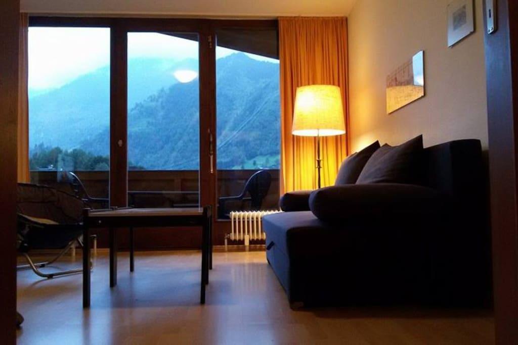 Wohnzimmer mit Blick auf das Kitzsteinhorn