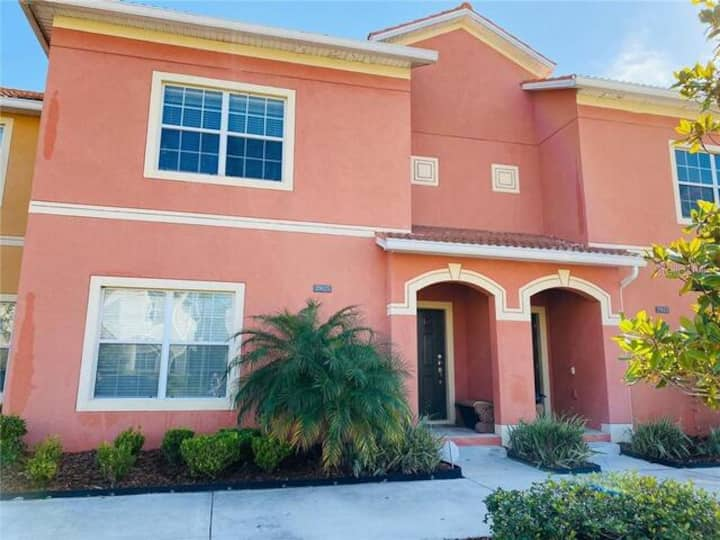 GREAT 4 BED HOME ON A POPULAR RESORT