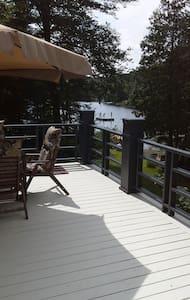 magnifique chalet à louer bord de lac - Saint-Adolphe-d'Howard
