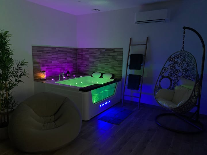 ♥ COCOONING APPARTEMENT JACUZZI LUXE ♥ Gare Toulon