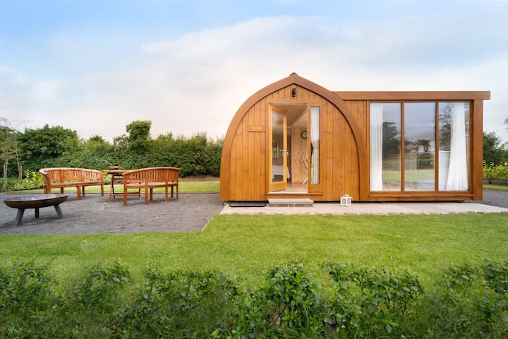 Orchard Glamping - Apartment Pod - Blossom