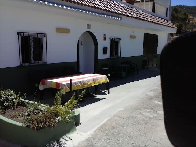 CASA CUEVA EN LA CUMBRE DE LA NATURALEZA  ARTENARA - Artenara