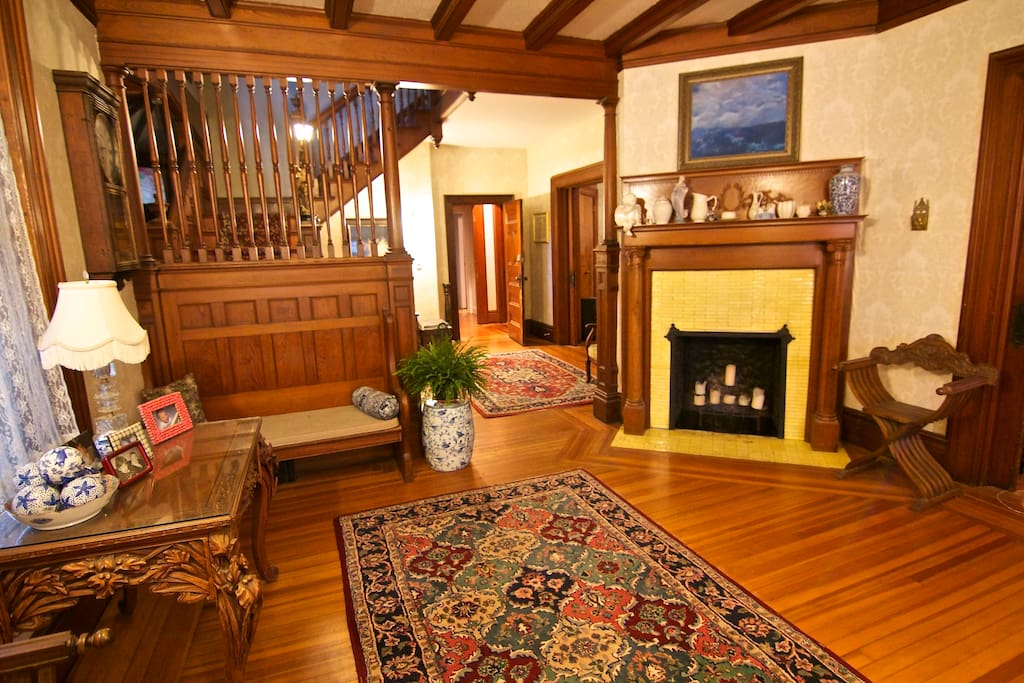 Front Double Foyer