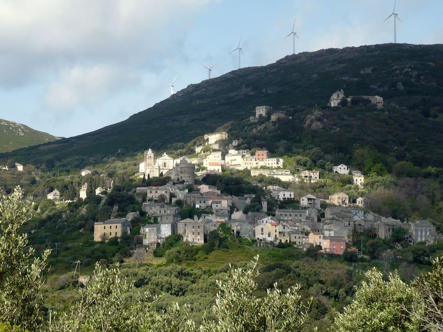 Rogliano, le village