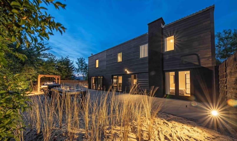 Luxus 8 fős villa tengerparti kerttel a Texel-en