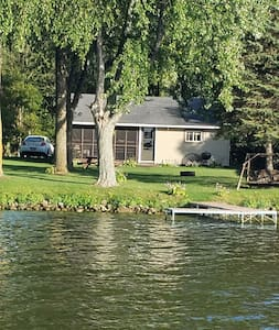 Park Lake Cottages in Pardeeville Wi