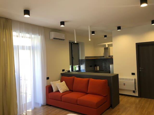 Studio apartment at Byron street