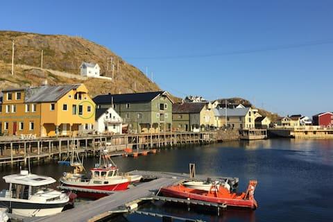 Holiday flat Sundet on the pier in Nyksund