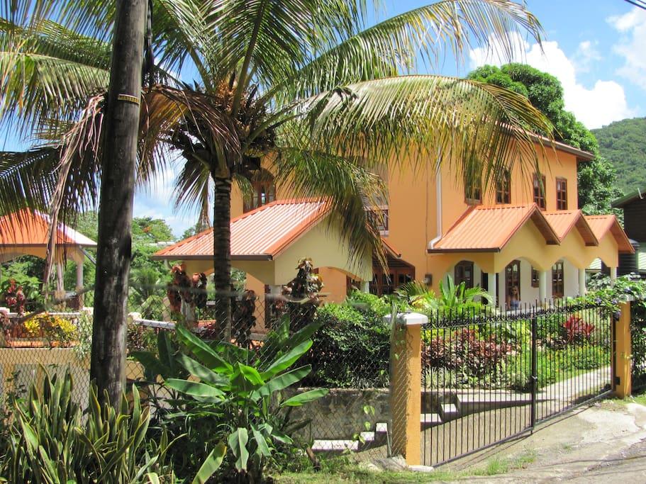 Villa Papillon, One of the closest villas to Marina Village in Marigot Bay.