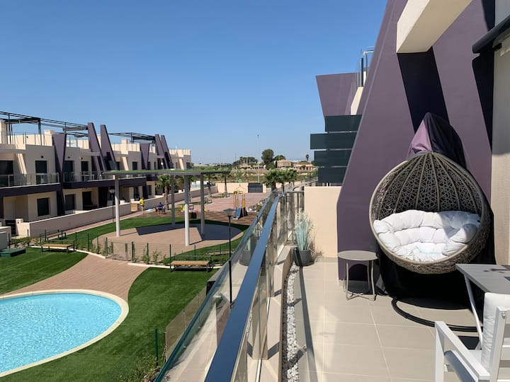 Playa Higuericas, ático de lujo con vista piscina