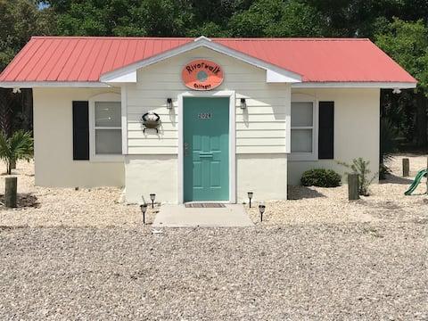 The Blue Crab at Riverwalk Cottages Unit 202B