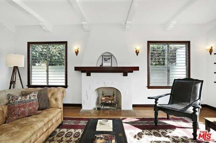 Spanish Bungalow in Glassell Park - Los Angeles - Casa