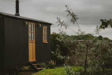 The Garden Shepherds Hut, Piercebridge N Yorkshire