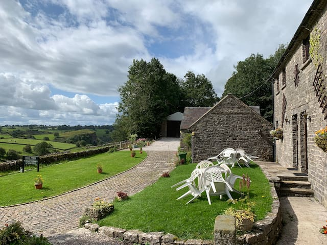 Thors, Hall Farm Cottages - magnificent views