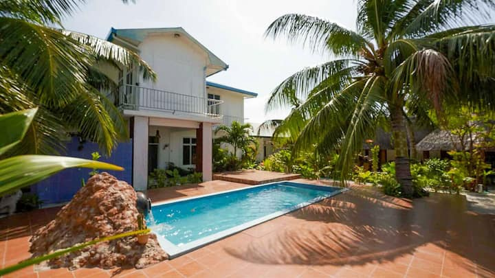 Alluring Suite With Pool Close To Divine Beach