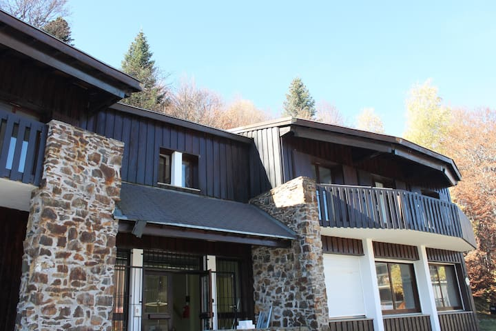 Chalet les Marmottes - Montferrier - Bed & Breakfast