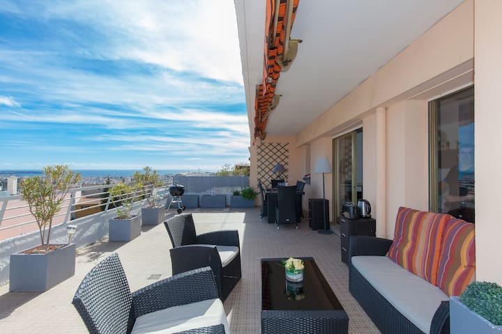 Studio  avec vue mer panoramique sur Cannes