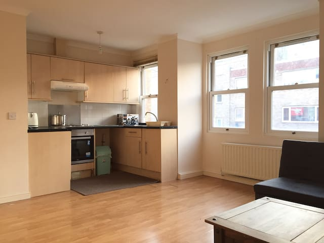 One bed room entire flat with kitchen and living