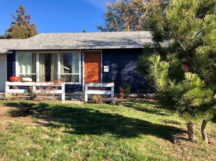 Charming Yakima Cottage