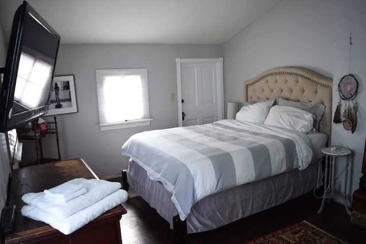 Dreamy O4W Guest Room