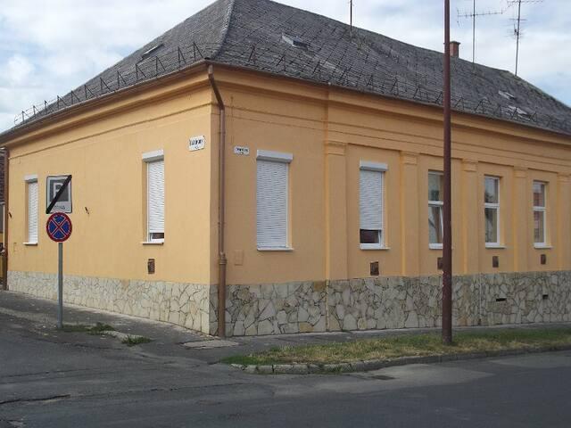 Allegro Szálló - Nagykanizsa - Apartment