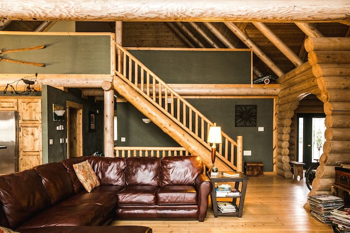 Living Room-Loft Above