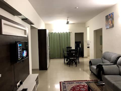 Luxurious Serene & Charming Entire 3 BR Apartment